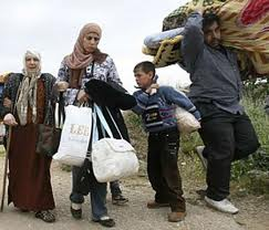 Syrian Refugees Flee Across the Border