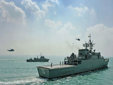 Iranian Ships Sail Suez Canal