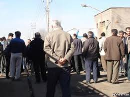 Textile workers in Mazandaran protest