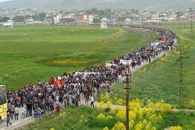 May 2010: 50,000 protested against military operations in Yüksekova [photo: haberruzgari..com]