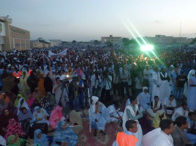 Thousands turnout for #Mauritania 1 Nov 2012 protest march and rally