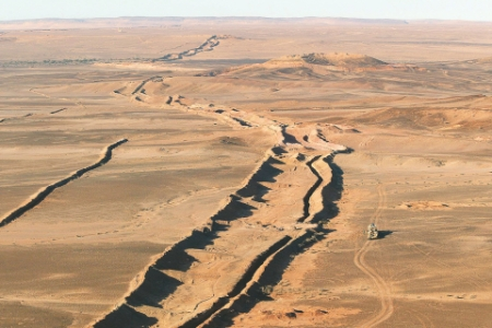 The 'berm' dividing Western Sahara.